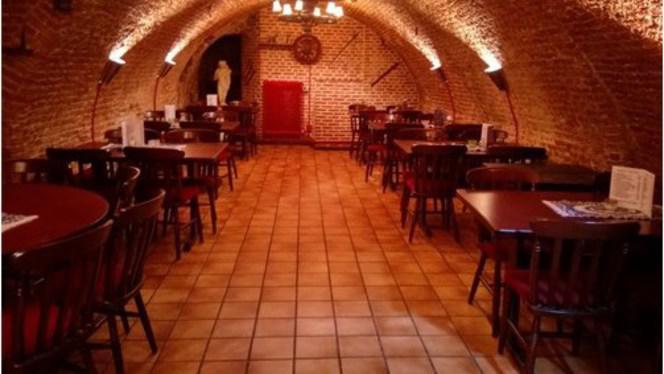 Knossos 2 - Knossos, Bergen op Zoom