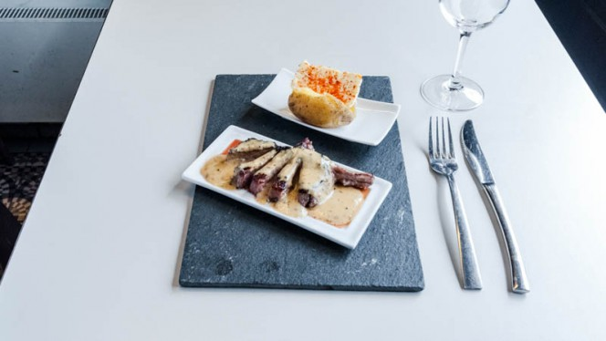 Chef's suggestion - Wine Zag,