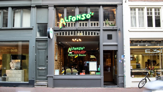 Gevel - Alfonso's Mexican & Grill Restaurant, Amsterdam
