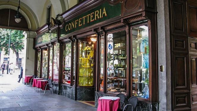 Esterno - Platti, Turin