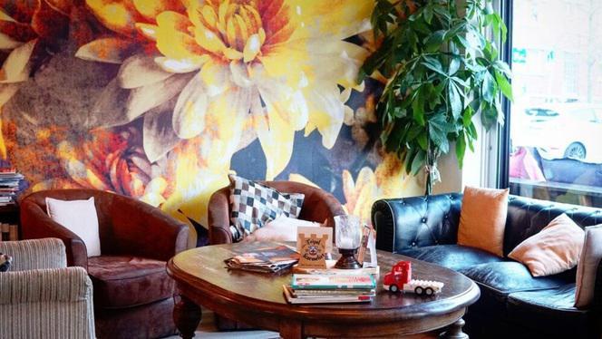 Banken - Lunchroom & Restaurant Op de Hoek, Den Haag