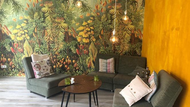 Inrichting - Lunchroom & Restaurant Op de Hoek, Den Haag