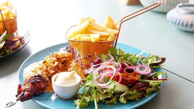 Sate - Lunchroom & Restaurant Op de Hoek, Den Haag