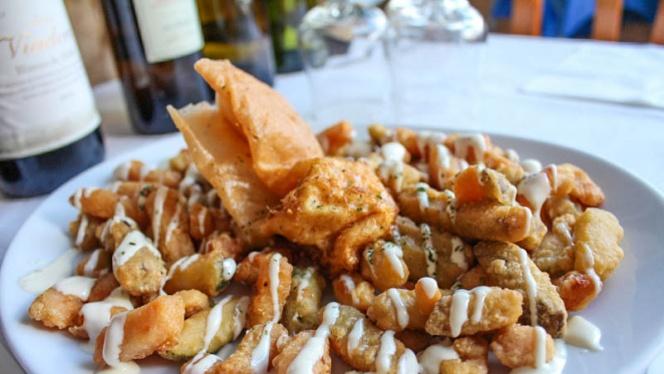 tempura de verdura con huevo sorpresa - Casa Gallardo, Madrid