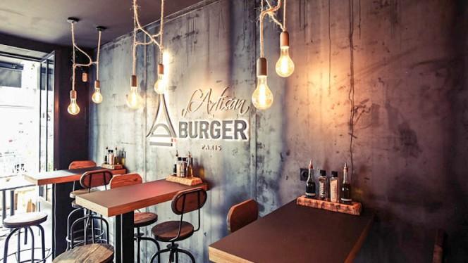 Vue de la salle - L'Artisan du Burger- Saint-Germain, Paris