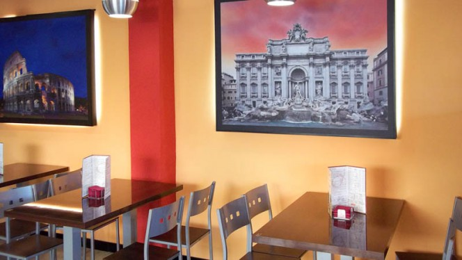Vista sala del restaurante - Al Gusto, Sevilla