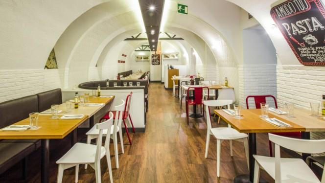 Vista interior - Ginos - Arenal, Madrid