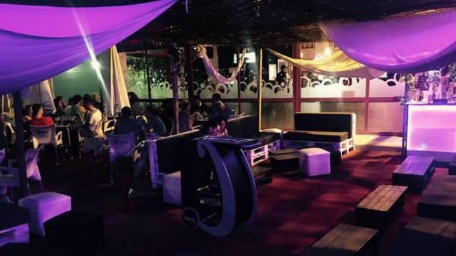 Zona Chill Terraza Nocturna - Turín 15 Café & Chill Out, Parla