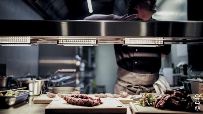 Vue plats et cuisine - Minotor Steak House, Genève