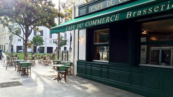 Extérieur - Café du Commerce, Marseille