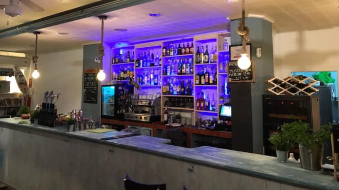 Barra - Café Infinito, Valencia