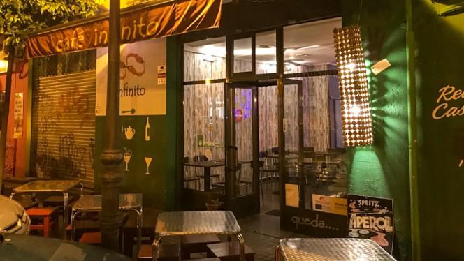 Entrada - Café Infinito, Valencia