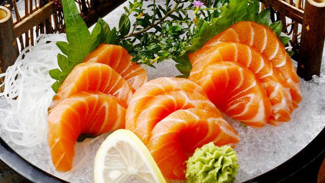 Sashimi salmone - JinZuan, Milan