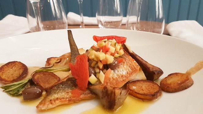 Filet de daurade à la plancha, sauce vierge et artichauts - Licandro Le Bistro, Aix-en-Provence