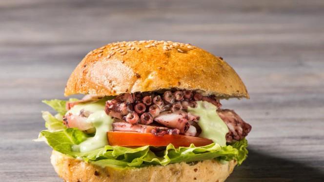 Polpo Burger - Eatica - Cucina di Pesce, Milan