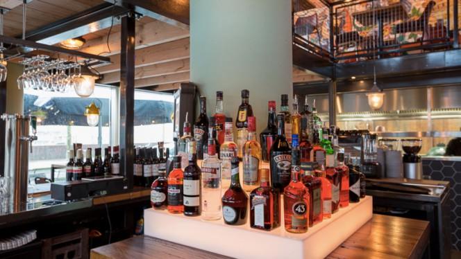 Restaurantzaal - Beers & Barrels at the Harbour, Utrecht