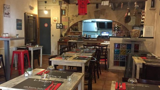 Salle intérieure - L'InstanT, Aix-en-Provence