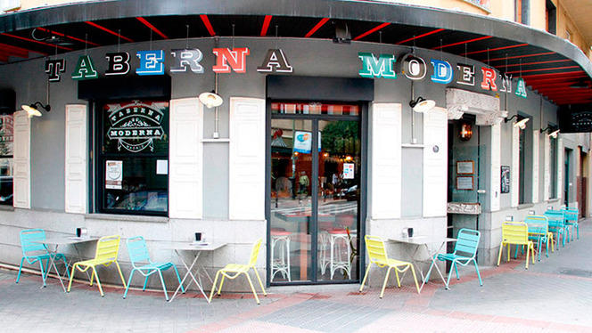 Fachada - Taberna Moderna, Madrid