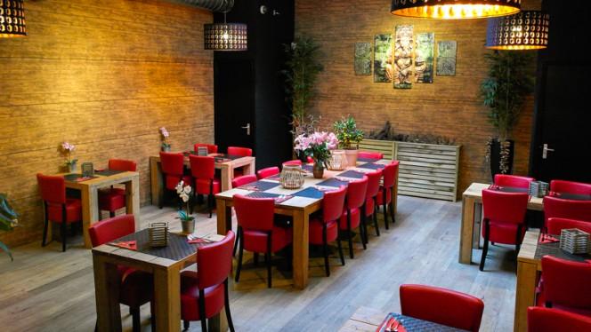 Restaurantzaal - Yum Yum Thai Food, Amsterdam
