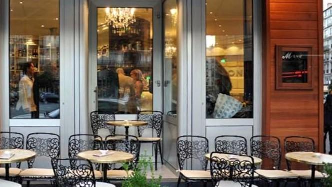 Devanture - Café le Baron, Paris