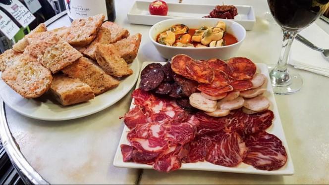 Sugerencia de plato - Xarcuteria La Pineda, Barcelona