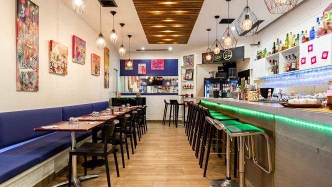 Vue de l'intérieur - Starwok Coffee, Paris