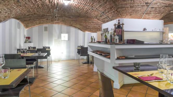 Vista sala - Cantine Bernardini, Lucca