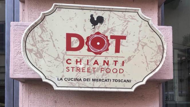 Entrata - Dot Chianti STREET food, Milan