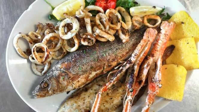 misto di pesce - Taverna al Pescatore, Marano Lagunare