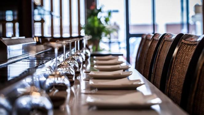 Tables dressées - Okinii, Bordeaux