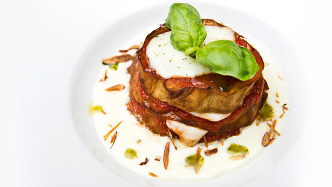 Sformatino di melanzana con mozzarella su crema di Parmigiano e mandorle - Il Capestrano, Milan