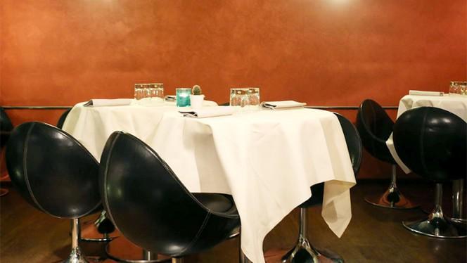 Particolare sala del ristorante - Vox Restaurant & Lounge Bar, Bergamo