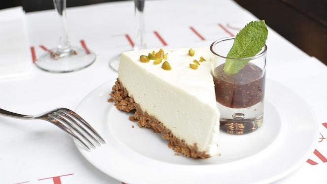 Cheesecake - Chez Gustave anciennement Tea Follies, Paris