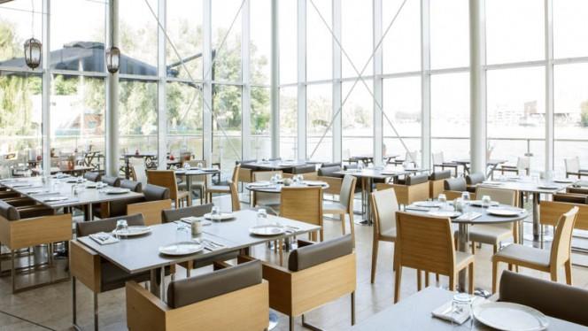 Het restaurant - Cedars, Amsterdam