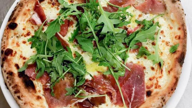 Pizza Lola - Piccola Julia, Capinghem
