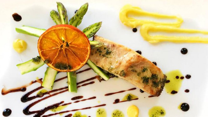 Filetto di Pesce con verdure di stagione - Lucifero Restaurant & Cocktail, Viareggio