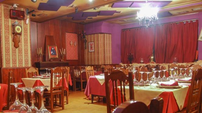 Vista sala - La Cuchara Mágica, Leganés