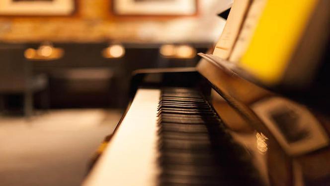 détail déco piano - L'Opéra-bouffe, Lyon