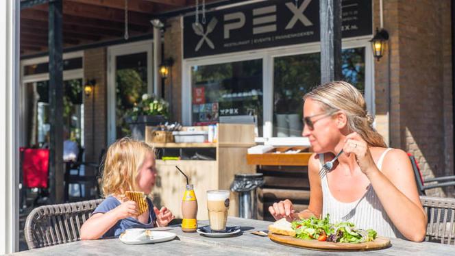 Ontbijt, lunch en diner voor de hele familie - Restaurant Pex, Den Haag