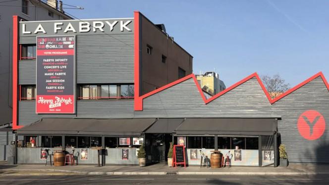 Façade - La Fabryk, Lyon