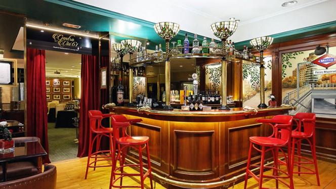 Bar - GastroVía 61 – Hotel Mayorazgo, Madrid