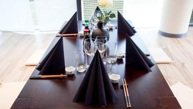 détail table dressée - Totoro, Schiltigheim