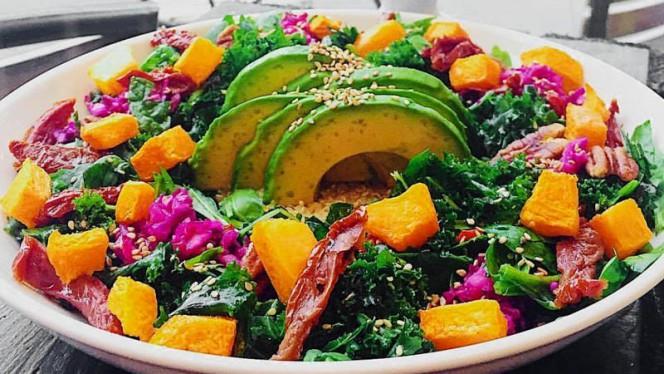 Salade Kale - RawCakes, Paris