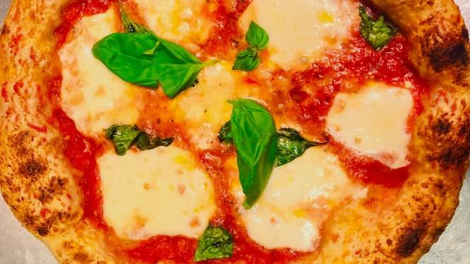 Pizza Margherita - Quore Italiano Garibaldi, Milan