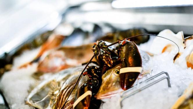 Vetrina del pesce - Corso Como 52 Restaurant, Limbiate