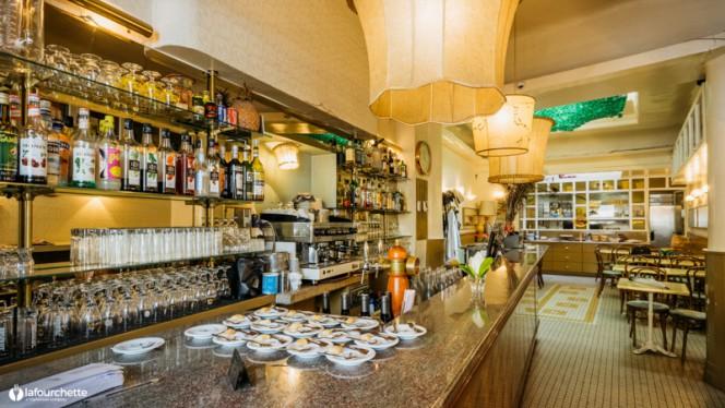 Vue de la salle - Bar de la Releve, Marseille