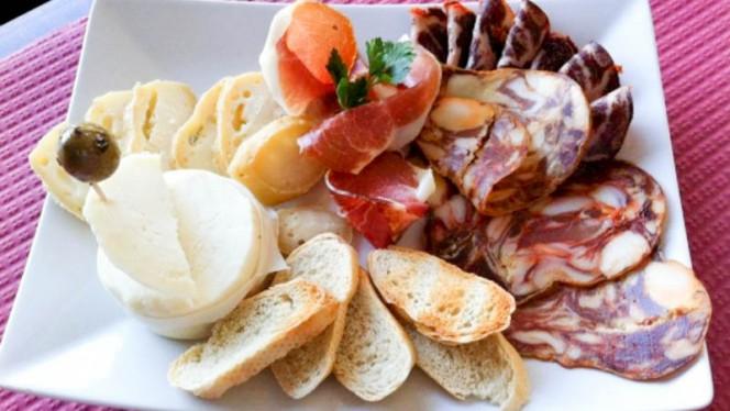 Entradas - Pikas - Pizzeria, Tapas & Petiscos, Cascais