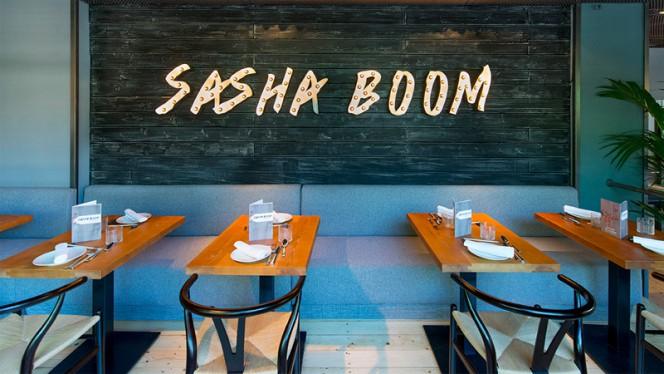 Vista Sala - Sasha Boom, Madrid