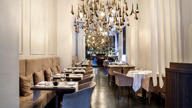 Sala - Cinquantadue Taste Experience, Milan