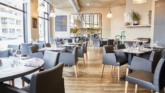 La salle de restaurant - 136 Avenue, Lyon